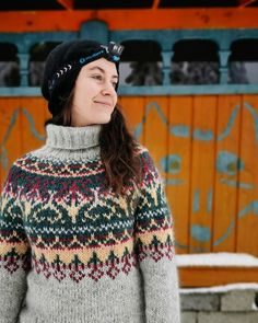 Color Inspiration, Christmas Sweaters, Winter Hats, Turtle Neck, Knitting, Instagram, Fashion, Moda, Tricot