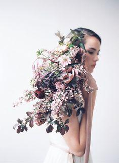 Elegant Spring Flower Inspirations by D'Arcy Benincosa Photography - www.hochzeitsguide.com