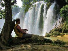 Relaxing at Ban Gioc Waterfall, Cao Bang Province