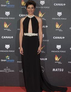 Las mejor vestidas de los Premios Feroz: http://www.marie-claire.es/moda/look/fotos/las-mejor-vestidas-de-los-premios-feroz-2015/barbara-lennie1