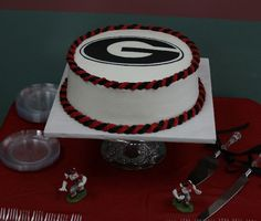 Georgia Bulldog Wedding Cake