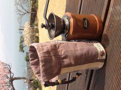 Handmill pouch