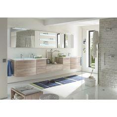 Helles Badezimmer von AQUARELL: eine Atmosphäre zum Wohlfühlen!