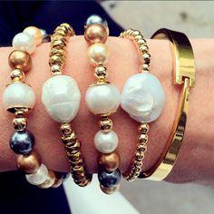 Set By Vila Veloni Gold And Mallorca Precious Pearls Bracelets