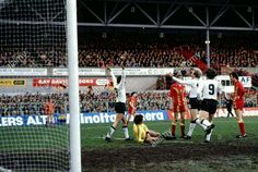 Wales 0 West Germany 2 in Feb 1979 at Wrexham. Klaus Fischer has just scored #EuroChampQual