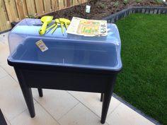 elho grow table XXL for my mini herb garden