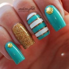 beach nails gold accents
