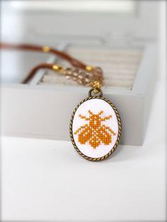 Handembroidered Bee necklace Cross stitch jewelry by byKALYNKA, €17.00