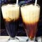 Thai iced coffee Thai Recipes, Sweet Recipes, Thai Iced Coffee, Recipe Details, Coffee Recipes, Beverages, Vegetarian, Cold, Reading