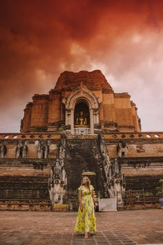Best things to do in Chiang Mai. A Chiang Mai Travel Guide showing you exactly where to go and what to see! Falling in love with Chiang Mai is easy, but. Places Around The World, Around The Worlds, Chiang Mai Thailand, Things To Do, Good Things, Where To Go, Monument Valley, Travel Guide, Things To Make