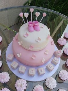 Baby shower block & butterfly cake