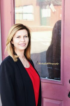 Barlow Girls Photography~ #Clarksville #Tennessee #fortcampbell #Kentucky #photographer #photography #poses #downtownclarksville #business #realtor #realestate #businesscards