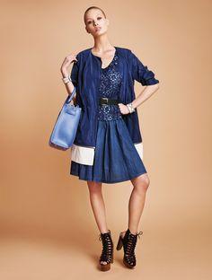 Φόρεμα τζιν με δαντέλα