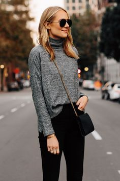 b598dff9fa94f Blonde Woman Wearing Heather Grey Turtleneck Black Skinny Jeans Outfit  Aviator Sunglasses Fashion Jackson San Diego Fashion Blogger Street Style