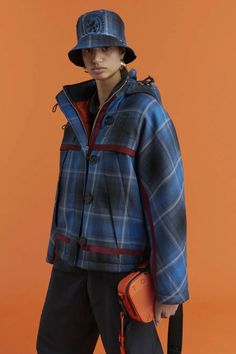 Foto Fashion, Fashion News, Tommy Hilfiger, Outdoorsy Style, Fashion Maker, How To Make Clothes, Fashion Show Collection, Vogue Russia