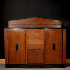 Amsterdamse School Art Deco Kast.Amsterdam School Furniture