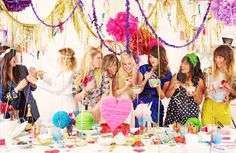 ruemag-party.jpg 600×390 pixels