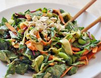 Perfect Weekday Lunch: Quinoa & Broccoli Salad With Almonds
