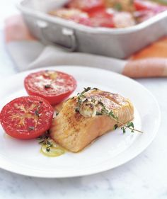 15 minute meals / Garlicky Broiled Salmon and Tomatoes