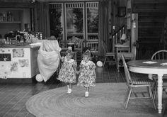 Ashley(left) & Mary-Kate(right) Curtain call on Full House season 3 as Michelle tanner.