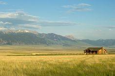 Montana ranch... this is and has always been my dream!!!!
