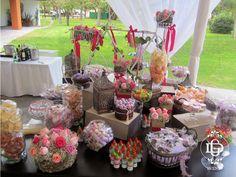 Mesa de dulces y postres #GDevents #candybar #wedding #candy #weddingplanner #events #eventplanner #queretaro