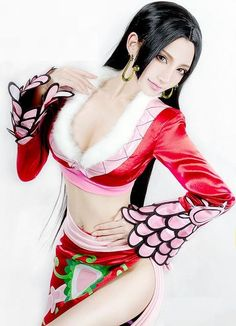 Boa Hancock Cosplay  http://www.onepiecegold.com/category/cosplay/page/3/,  one piece, anime, www.evilentertainment.ca, #onepiece #anime