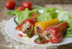 peperoni ripieni di riso alla mediterranea con pomodorini olive mozzarella ricetta primo