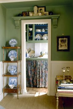 Home Interior Decoration .Home Interior Decoration Shelf Over Window, Window Shelves, Ikea Hacks, Country Kitchen Designs, Homemade Furniture, Shabby, Layout, Kitchen Photos, Living Room Remodel