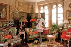 Iris apfel in her NYC apartment - look at those leather boots!!