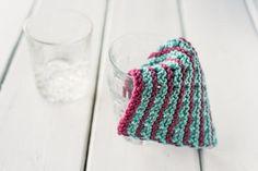 Incredibly Easy Knit Dishcloth