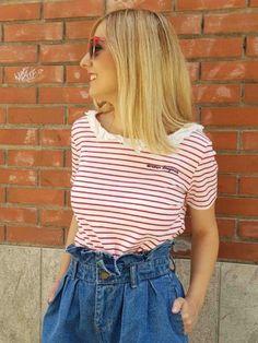 camiseta rayas marineras roja con volante blondie Women, Fashion, Fashion Guide, Racing Wheel, Stripes, Red, T Shirts, Moda, Women's