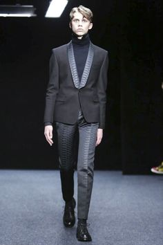 Songzio Menswear Fall Winter 2015 Paris trend exclusive leather print collars, fake leather trousers