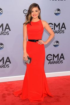 CMA Awards Red Carpet: Carrie Underwood and Miranda Lambert Bring the Romantic-Glam Lucy Hale Outfits, Celebrity Red Carpet, Celebrity Dresses, Celebrity Style, Miranda Lambert, Olivia Palermo, Glamour, Lucy Hale Style, New Dress
