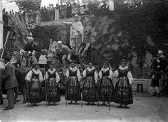 Quando a cidade inteira saía à rua: o Carnaval em Lisboa no início do século XX. -1905. Carro de honra da cidade do Porto, numa representação da Invicta no Carnaval de Lisboa