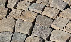 Pavés calcaire du Causse éclatés 8/10 x 8/10, ép. 7/9 cm