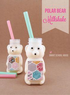 A must try! This is SUCH a cute winter treat for kids! Polar Bear Milkshake #DIY #Milkshake