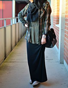 Casual plaid w skirt. #hijab  ALWAYS RE PIN THIS COZ HANDS DOWN THE BEST CASUAL OUTFIT MODEST COVERS AURAH masyaAllah