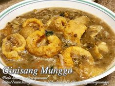 I think this is one of the most budget friendly vegetable Filipino dish because munggo or mung beans are cheap and when cooked, it expands, like cooking a Filipino Dishes, Filipino Food, Filipino Recipes, Roasted Chicken, Baked Chicken, Meat Recipes, Cooking Recipes, Broccoli Pasta, Kitchens