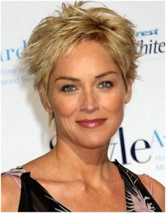 Oval Face Hairstyles, Hairstyles Over 50, Elegant Hairstyles, Short Hairstyles For Women, Messy Hairstyles, Hairstyle Short, Hairstyles Pictures, Layered Hairstyles, Hairstyles Haircuts