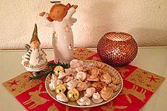 Zimtbaisers Dog Food Recipes, Cookies, Merengue, Cinnamon, Recipes, Crack Crackers, Biscuits, Cookie Recipes, Dog Recipes