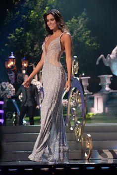 Miss Universo-Paulina Vega-Diseño Alfredo-Barraza-