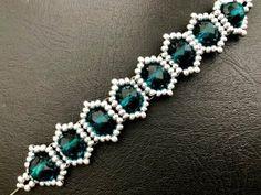 Beaded Bracelets Tutorial, Beaded Bracelet Patterns, Beaded Earrings, Bead Jewellery, Diy Jewelry, Jewelry Design, Metal Jewelry, Jewelry Ideas, Boho Jewelry