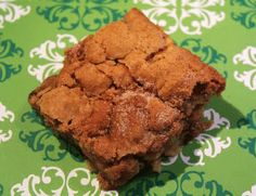 APPLE CINNAMON COOKIE BARS: Cinnamon, nutmeg and cloves are spicy complements to apple  #apple #bar