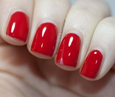 Samarium's Swatches: Sensationail Scarlet Red