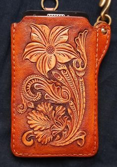 Cell phone Biker Case Holster Sheridan floral Hand Tooled, Hand Carved #cellphone #handmade