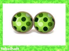 grüne Ohrstecker