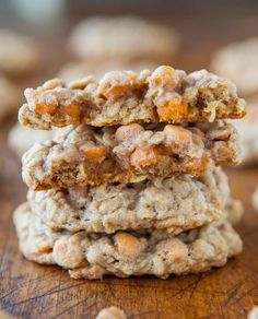 Soft and Chewy Oatmeal Scotchies Cookies Recipe ~ Soft, chewy & loaded with butterscotch chips