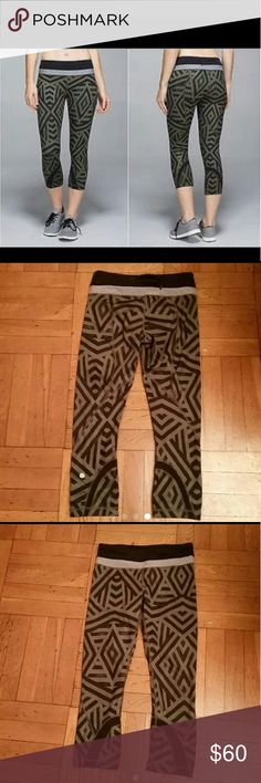 Lululemon Run Inspire Crop Leggings Like new condition,black with green,size 4 lululemon athletica Pants Leggings