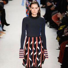 Settimana della Moda Milano 2016: in passerella la moda donna per l'Autunno/Inverno 2016 tra suggestioni dal passato e (molti) sguardi al futuro. - #milanofashionweek